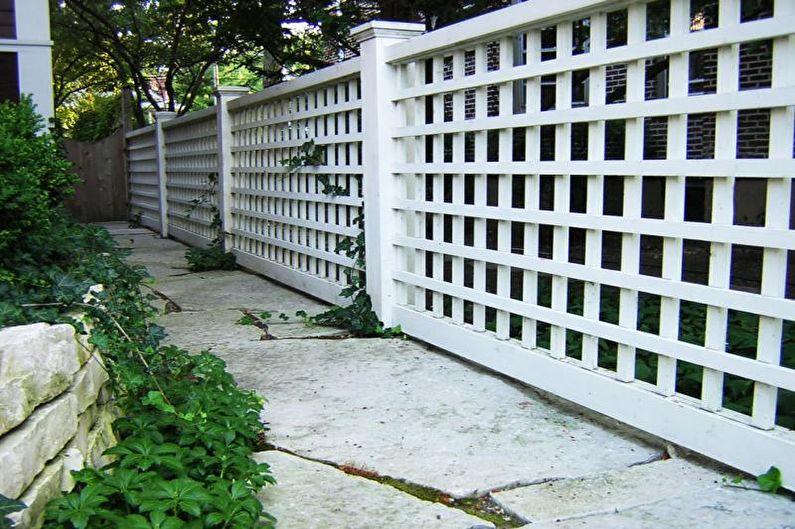 Деревянные заборы для частного дома - фото