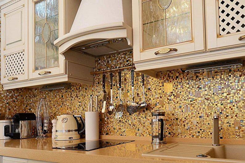 Отделка рабочей стены на кухне - Мозаика